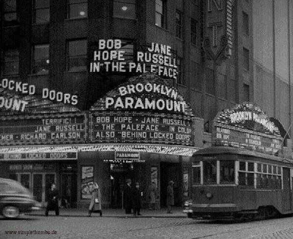 TheaterParamount02